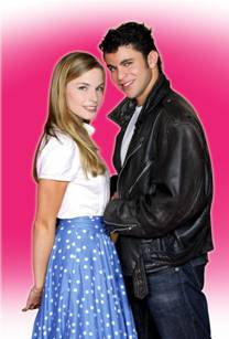 """Comédie musicale """"Grease"""" 72564110"""