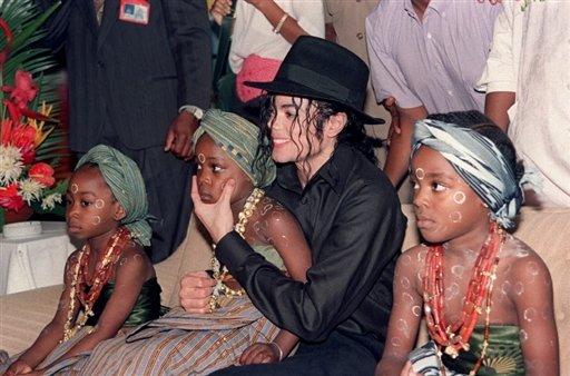 Michael avec des enfants Photo_10