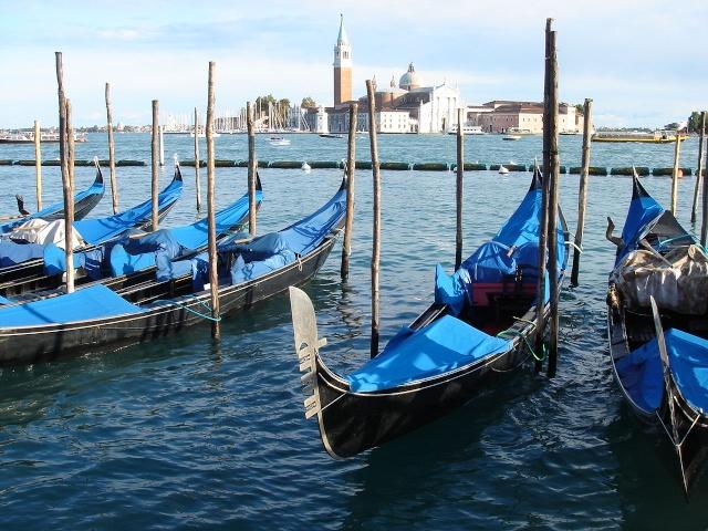 [scratch]1/72 - gondola veneziana... Dsc05410