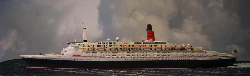 RMS Queen Elizabeth 2 [Revell 1/1200] Montag30
