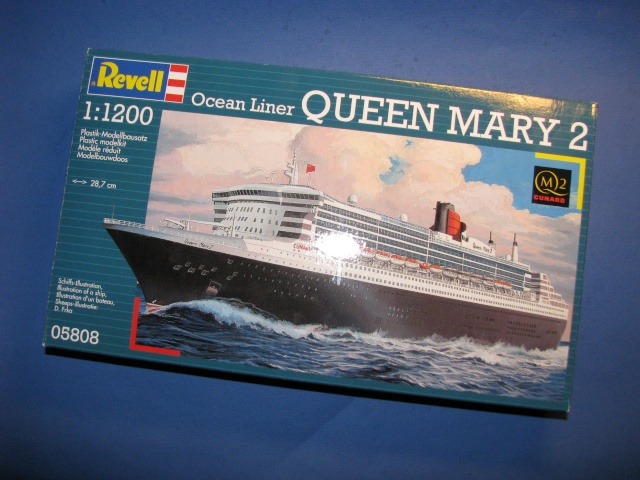 RMS QUEEN MARY 2  *Revell 1/1200* Qm2_0010