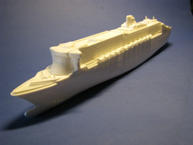 RMS QUEEN MARY 2  *Revell 1/1200* Qm2_0011