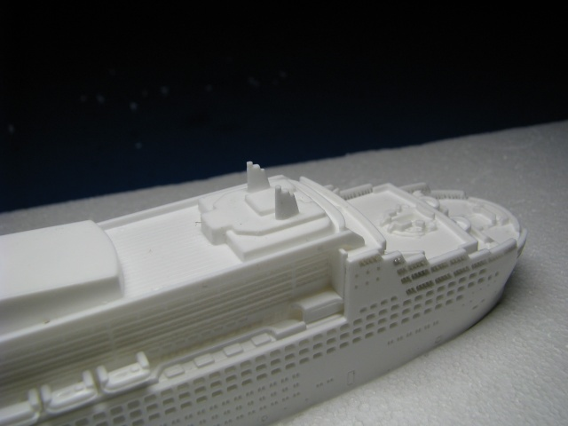 RMS QUEEN MARY 2  *Revell 1/1200* Qm2_0021