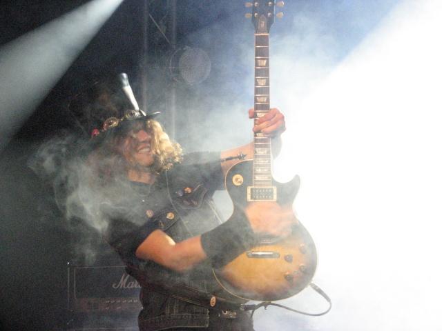Tribute Guns N' Roses par Big Guns - Page 6 Photo_23