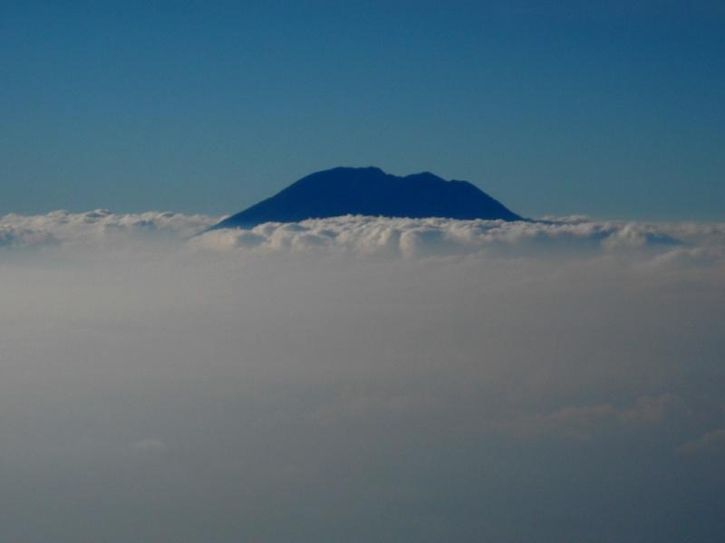 Les volcans d'Indonésie (une petite partie) Rinjan10