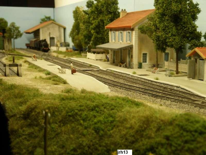 Train jrh 13 - Page 2 12488111