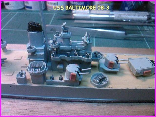 LE USS BALTIMORE CA-68 DE CHEZ TROMPETER AU 700 Uss_ba18