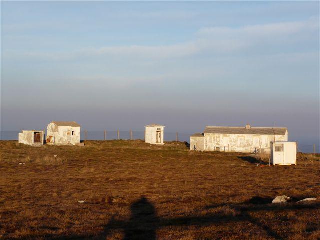 Les bâtiments de la station ragep de Brezellec, rasés P1010510