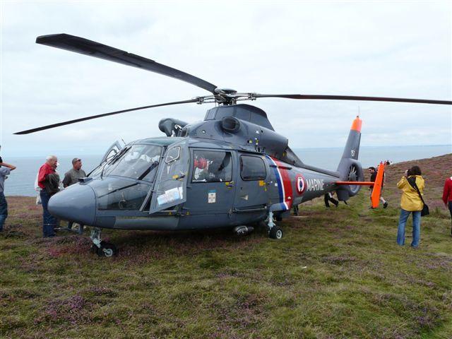 [ Aéronavale divers ] Hélicoptère DAUPHIN - Page 2 P1030410