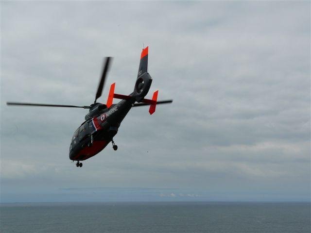 [ Aéronavale divers ] Hélicoptère DAUPHIN - Page 2 P1030418