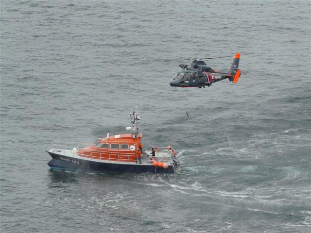 [ Aéronavale divers ] Hélicoptère DAUPHIN - Page 3 P1030425
