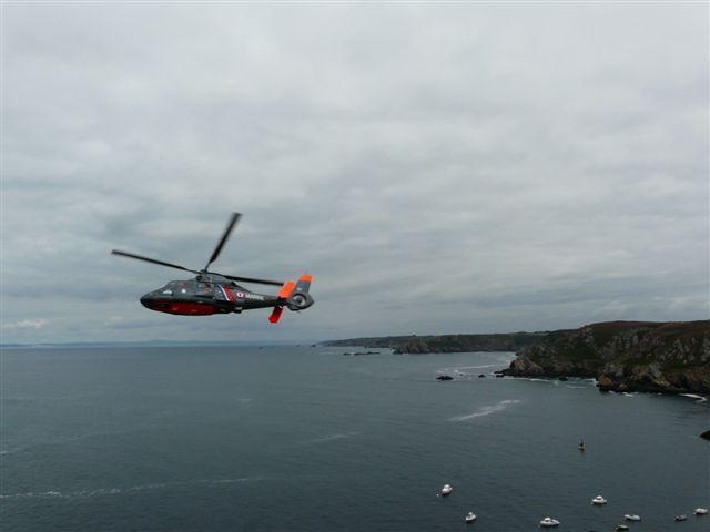 [ Aéronavale divers ] Hélicoptère DAUPHIN - Page 3 P1030514