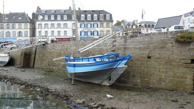 [Vie  des ports] LE PORT D'AUDIERNE - Page 2 P1040623