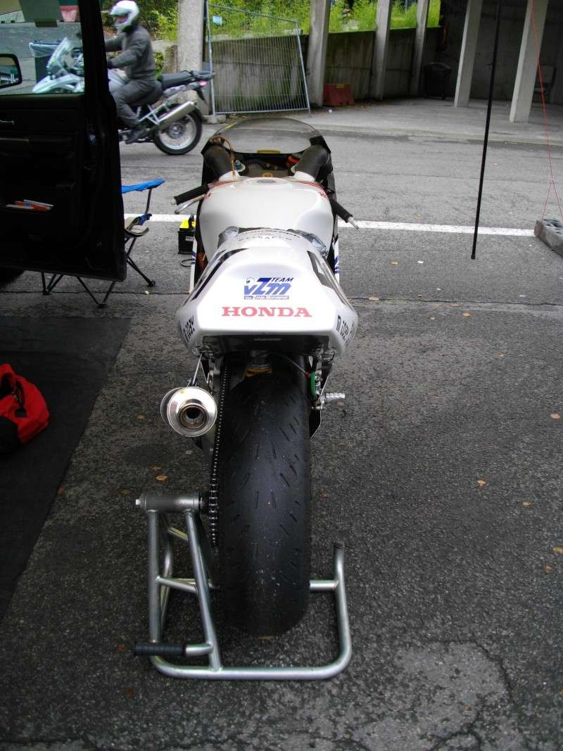 SPA Superbike Legend - Page 2 Imgp1026