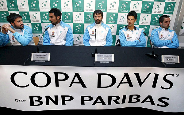 Davis    Cup 910