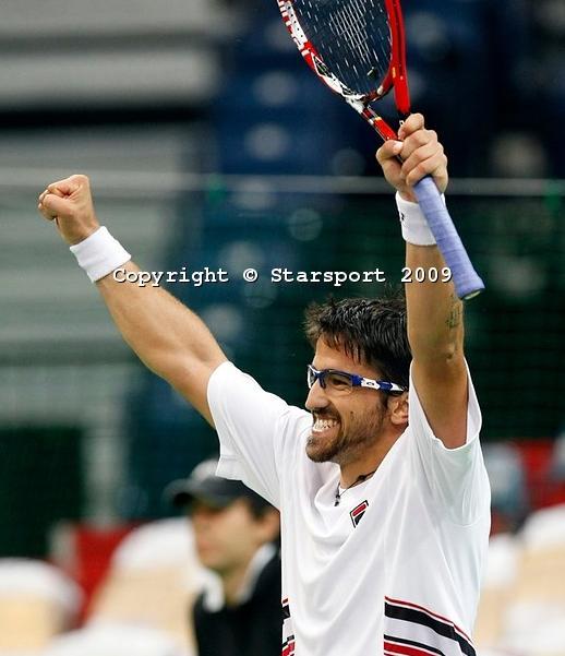 Davis    Cup - Page 2 Davis_13