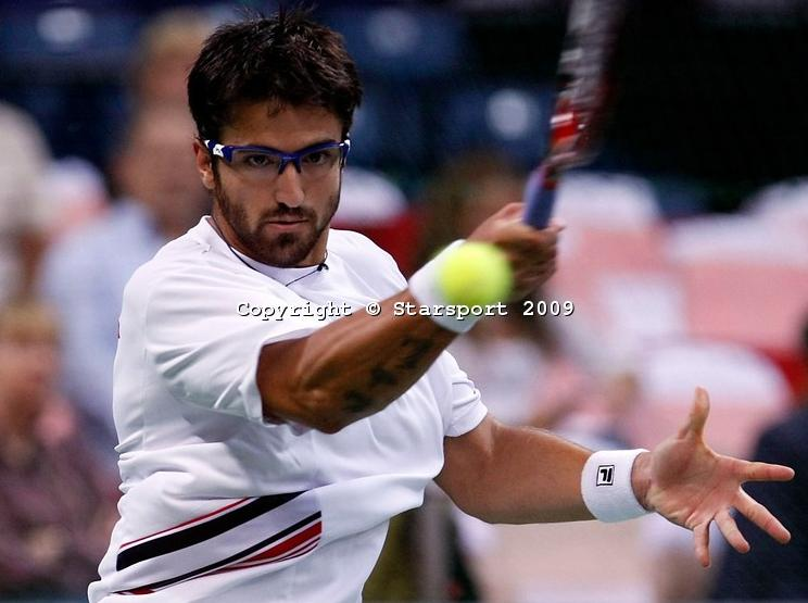 Davis    Cup - Page 2 Davis_14