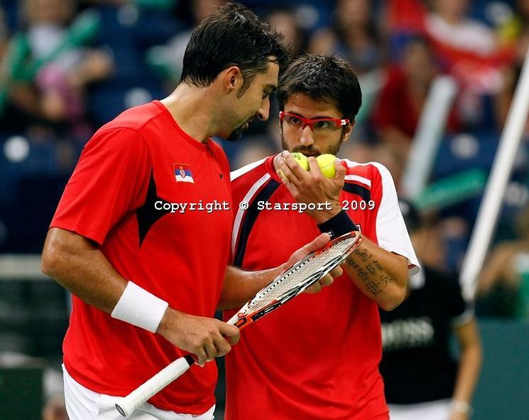 Davis    Cup - Page 2 Davis_16
