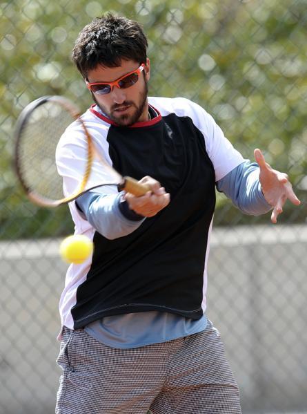 Davis    Cup Janko210
