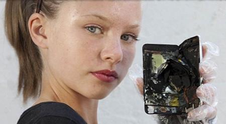 l'iPhone d'Apple pourrait, et à déjà exploser ! 02154110
