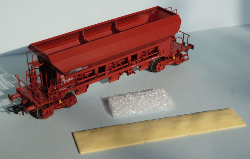 [R3M] 1 chargement de Sable pour Wagons trémie F70 Facs de (REE modèles) Dsc07317