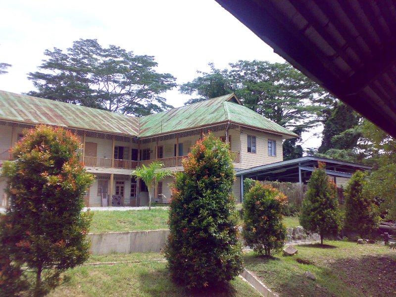 Bangunan Lama 26082011