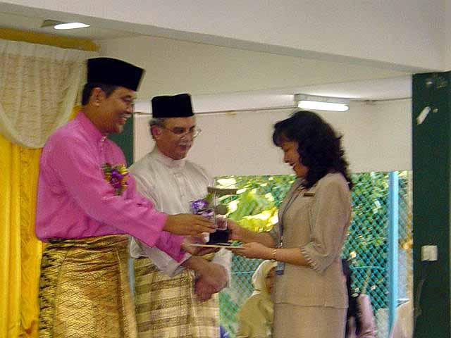 Johan Pertandingan 3K Peringkat Negeri Sabah 2002 Anuger10