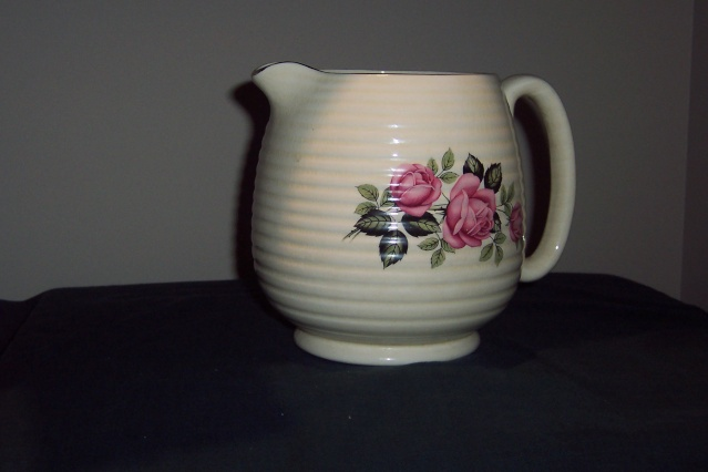 265-1 jug - is English Blue_s17