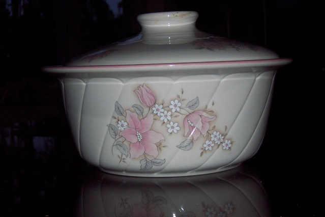 Jasmine Ovenware by Crown Lynn Casser10
