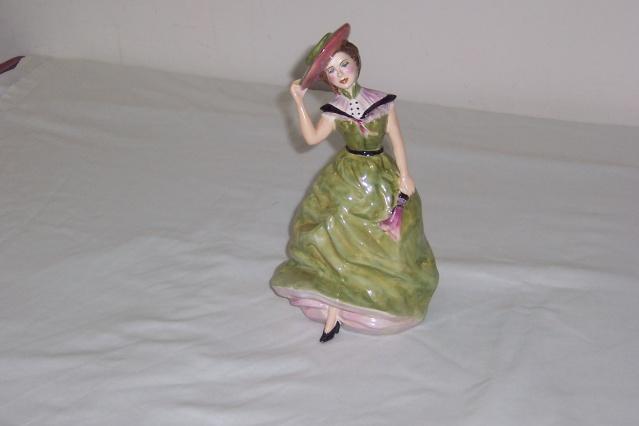 Another Stunning Titian Girl Figurine Manos109