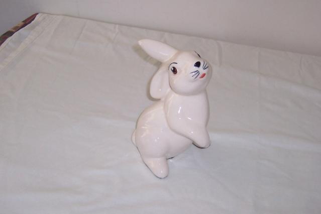 The Aquila Bunny Manos113