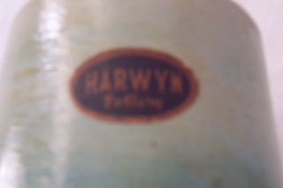 Harwyn Pottery Sticker Manos115