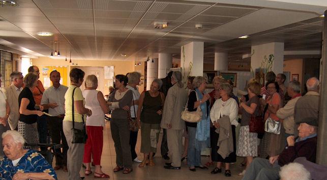 Vernissage à la maison de retraite de Gennes .... Hpim5910
