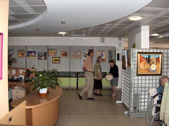 Vernissage à la maison de retraite de Gennes .... Plus10
