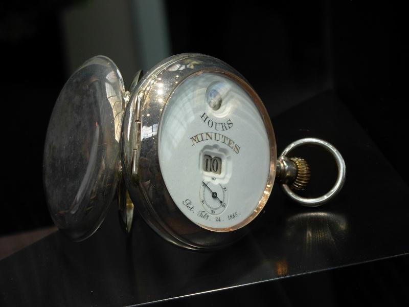 """Montres à """"heures digitales"""" d'avant guerre ? Dscn1599"""