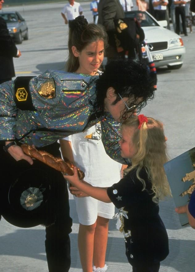 Immagini Michael Jacksons' Kiss - Pagina 8 110