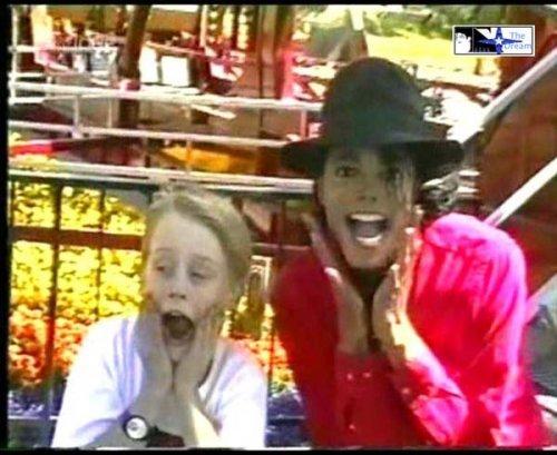 Foto di Michael e i bambini - Pagina 2 Pqczmt10