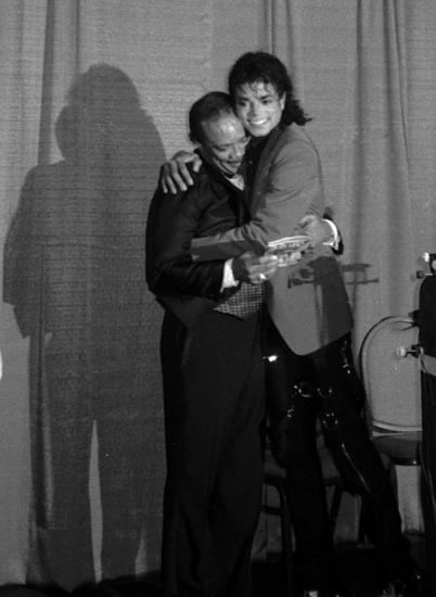 Michael e Quincy Jones Tn-50010
