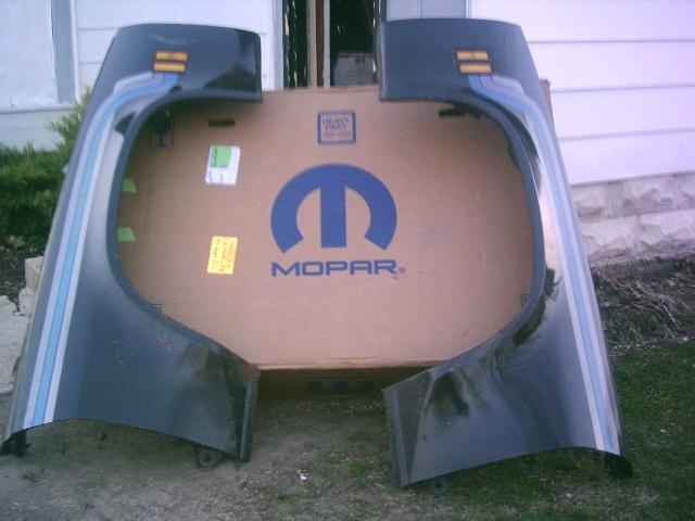 got my new to me MOPAR laguna fenders LOL Mopar_10