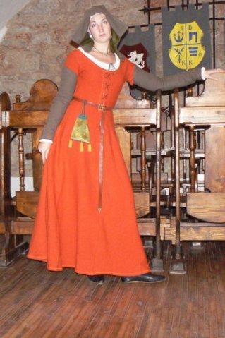 комплекты костюмов на наш период (жен) 1210