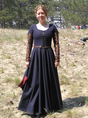 комплекты костюмов на наш период (жен) 1511