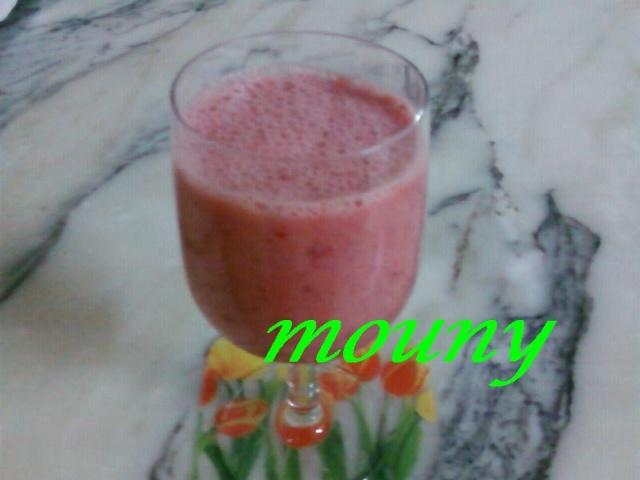 Smoothie aux fraises 278w10