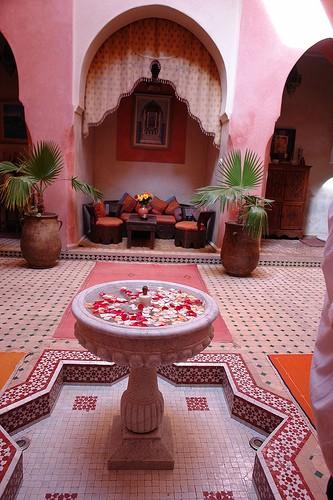 ... Bonne journée à Toussssssssss Riad110