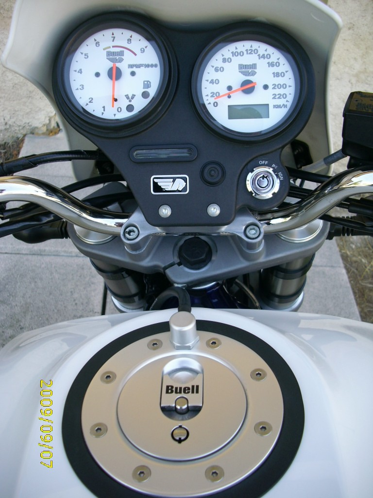 BUELL X1 LIGHTNING by Guitou Img_0023