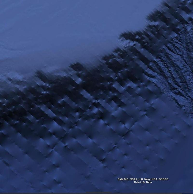 Curieuse formation, naturelle ? , océan atlantique, - Page 2 Image_11
