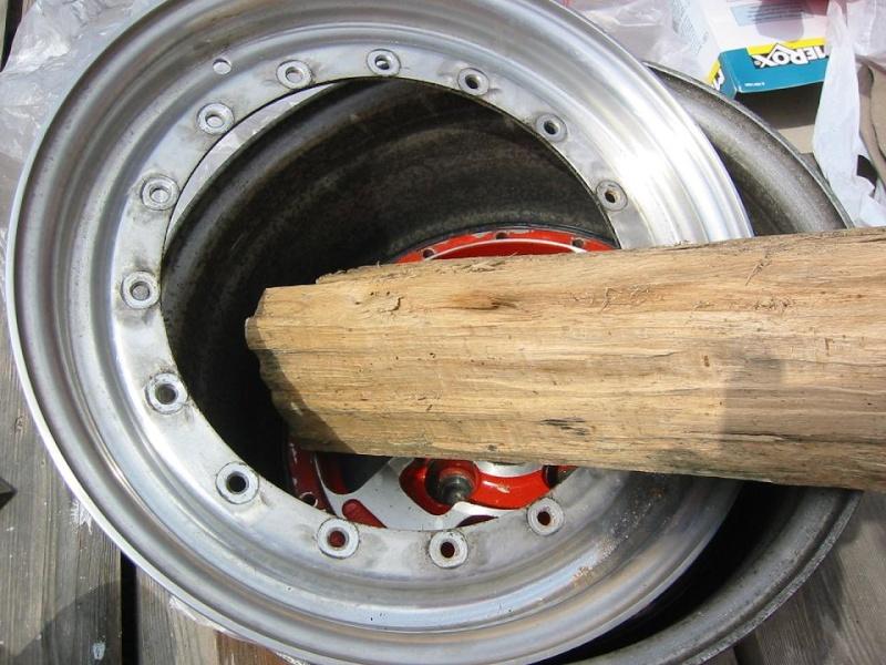 monte de pneus sur jantes mad'in - Page 2 Pls1110