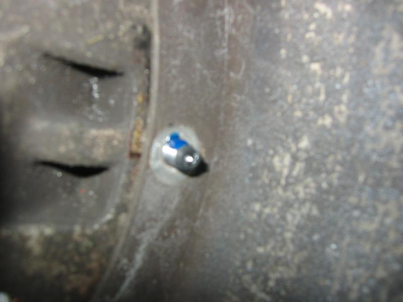 monte de pneus sur jantes mad'in - Page 2 Pls3510