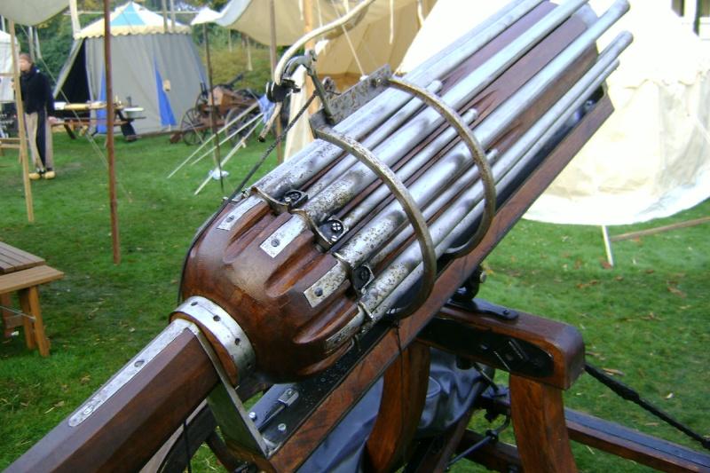 Reconstitution d'un canon multitubes. Dsc00010