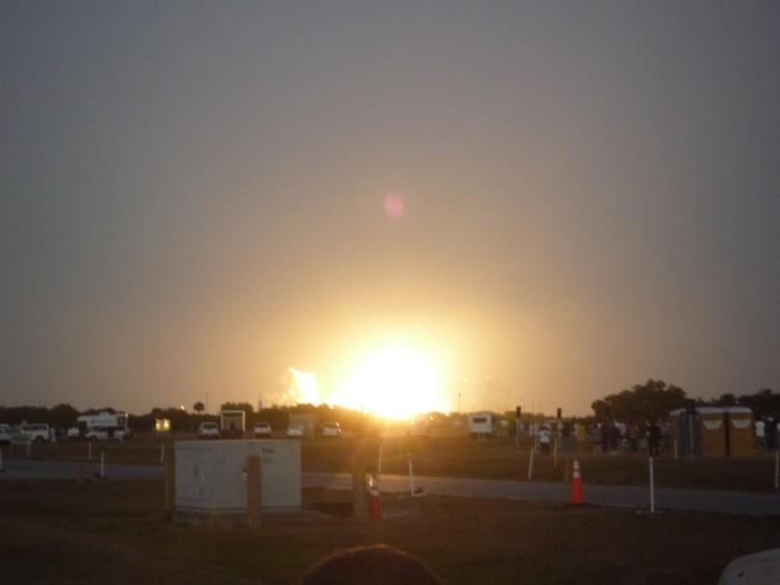 [STS-119] Discovery : suivi du lancement (15/03/2009) - Page 11 P1010111