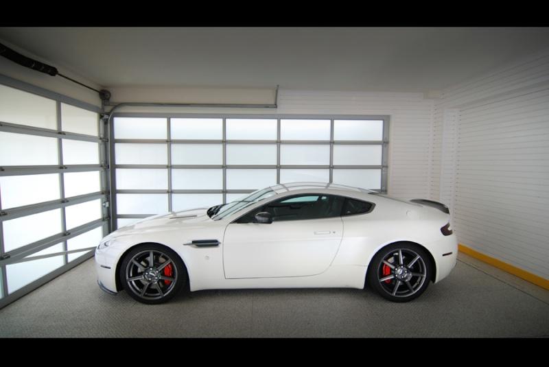 Aston Martin Aston_13